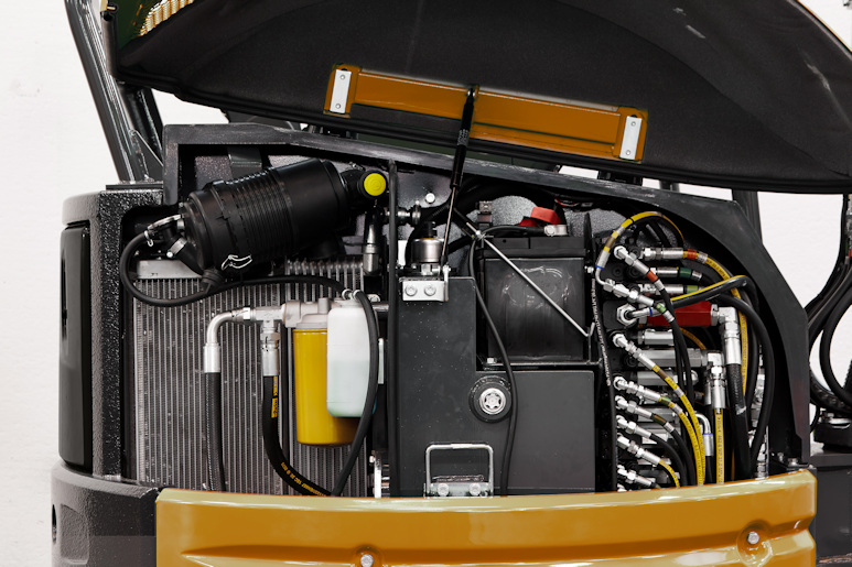 KATO 27 V4 Kurzheckbagger Hydraulik