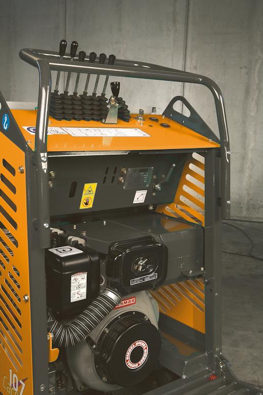 KATO Carry 107 Raupendumper als Benziner oder Diesel